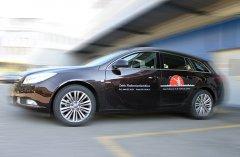 Mit Systemtext und Logo ein Fahrzeug bekleben