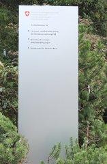 Stele für Firmenanschrift